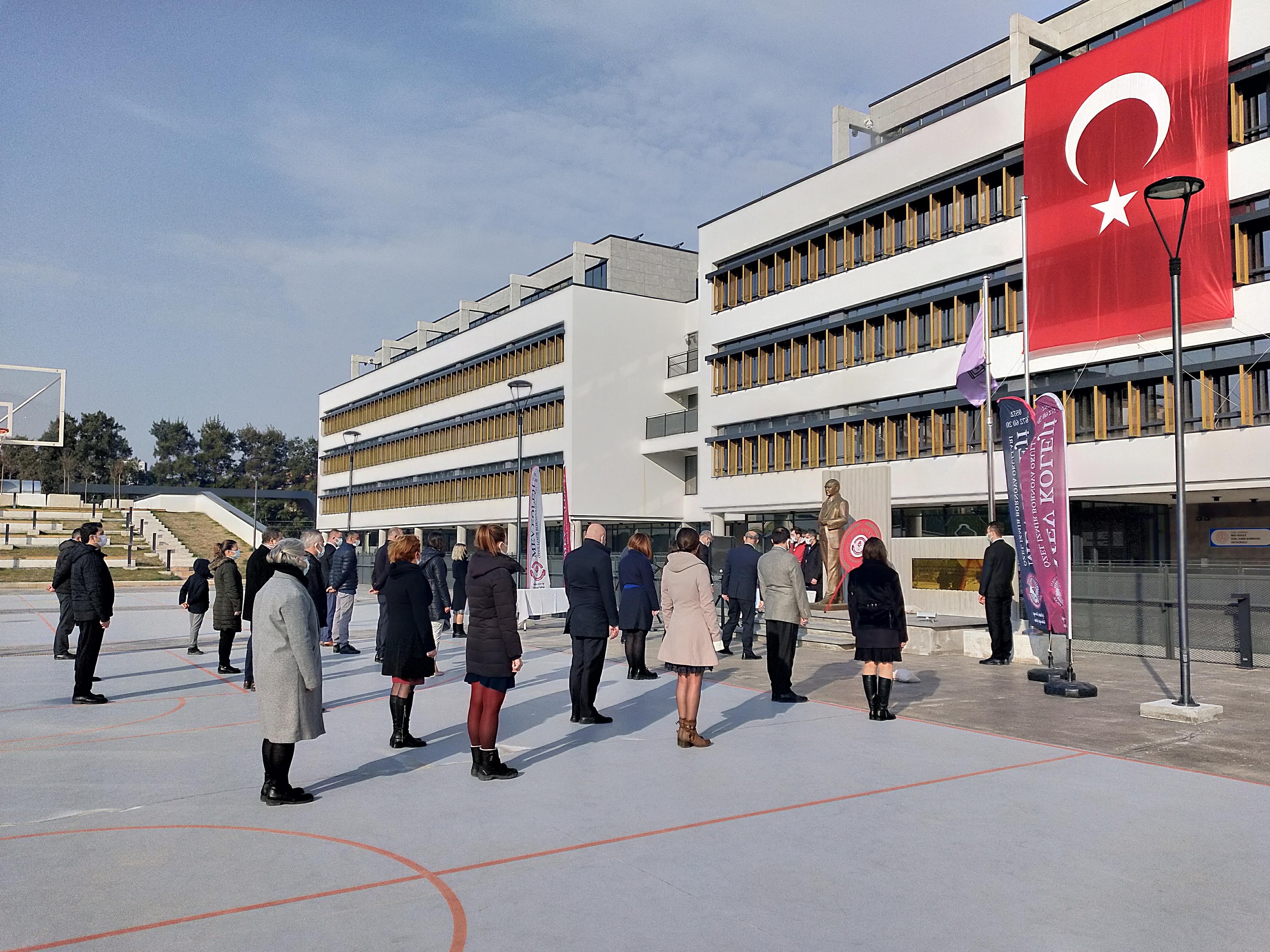 Milli Eğitim Vakfı 40. yaşını kutluyor